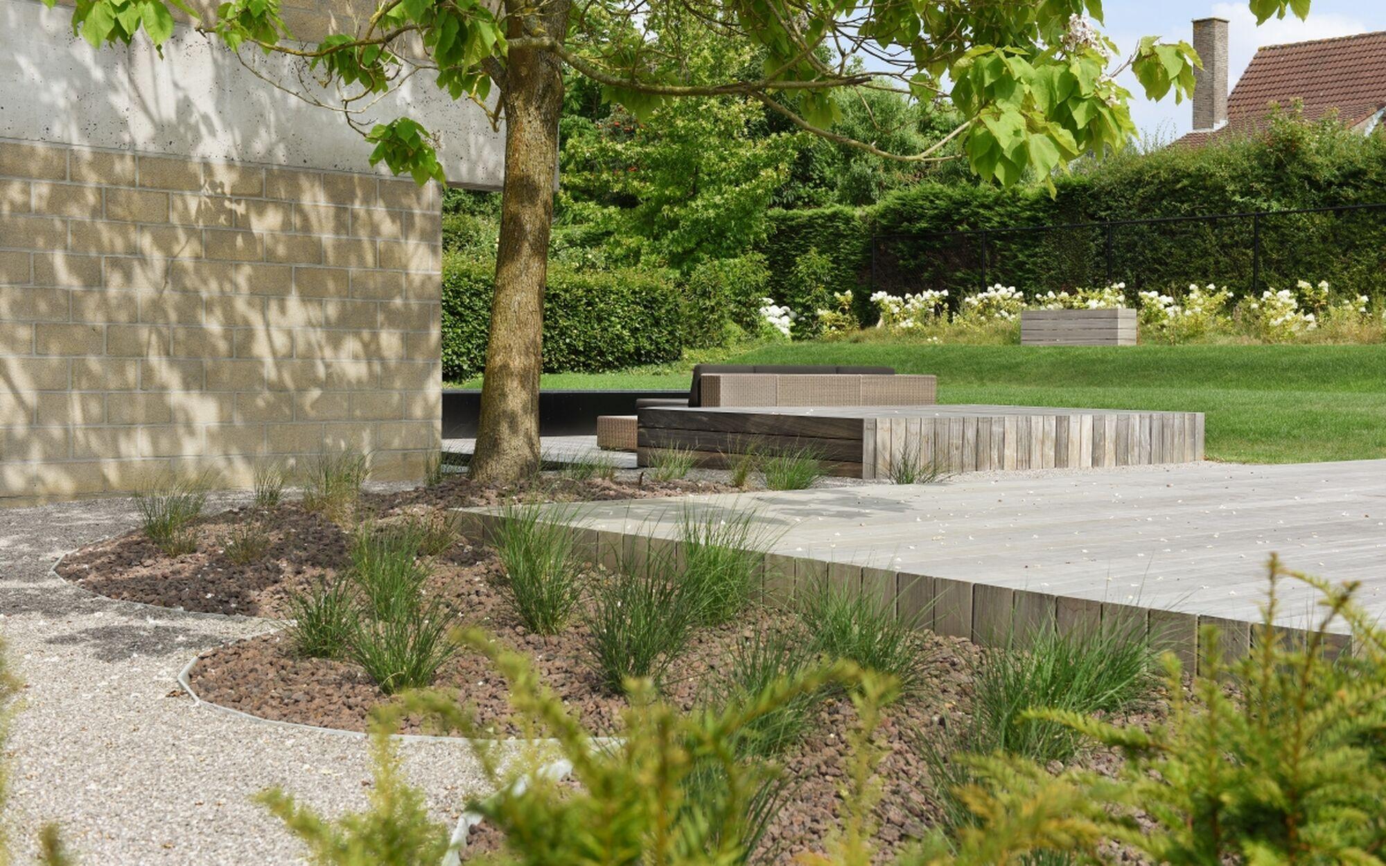 Strakke stadstuin kortrijk tuinen oost for Landelijke stadstuin